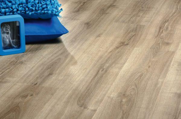 Clever Click Amarillo Oak Wood Effect Luxury Vinyl Flooring